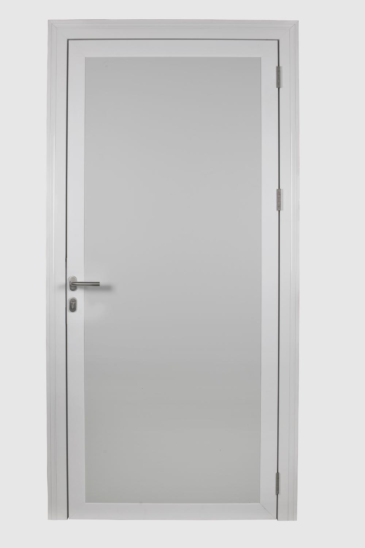 Puerta pivotante de servicio